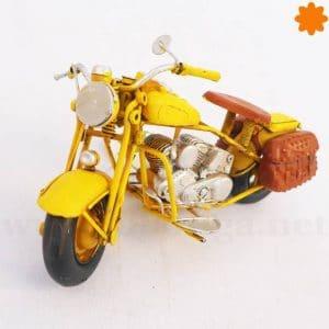 Fantástica reproducción de motocicleta metálica estilo retro