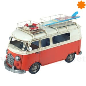 Figura de metal furgoneta VW California roja equipada viaje
