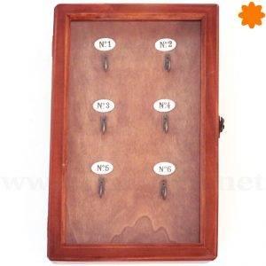 Guarda llaves clásico para colgar realizado en madera