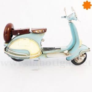 Moto Vespa azulde metal clásico modelo decorativo