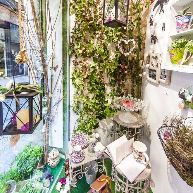 La Botiga aparador de girona tempds de flors