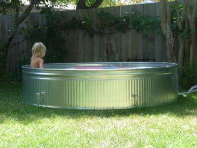 piscina metálica detalle