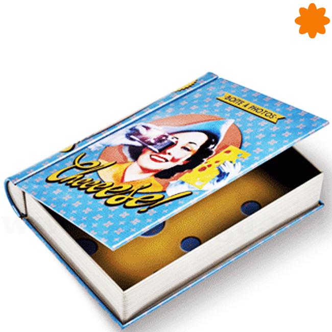 Caja de metal con forma de libro para guardar fotos