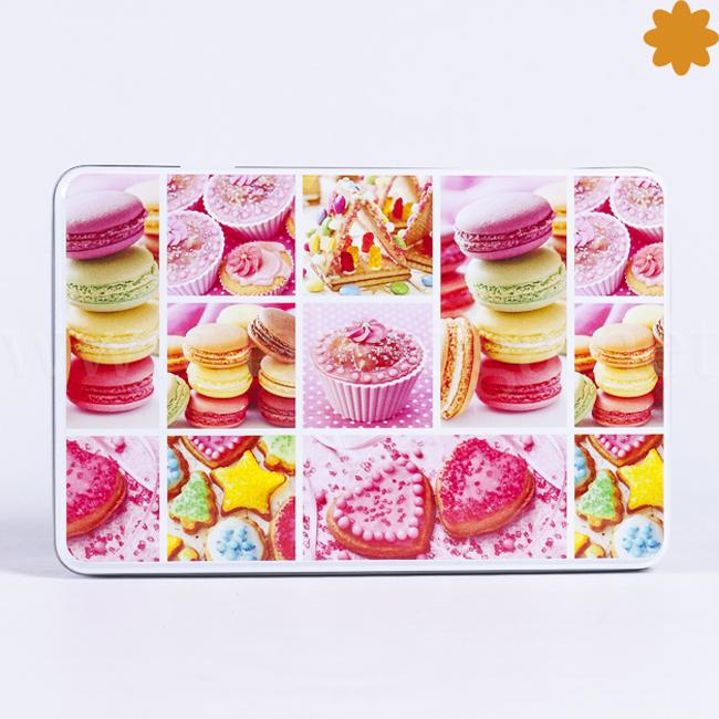 Caja Metálica de Color Rosa con Galletas