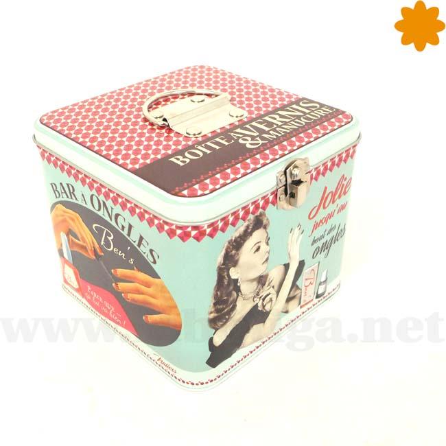 Caja para guardar maquillaje con decoración retro