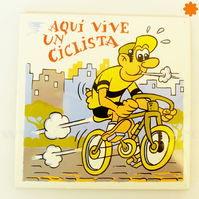 Aquí vive un ciclista baldosa perfecta para regalar a un amigo