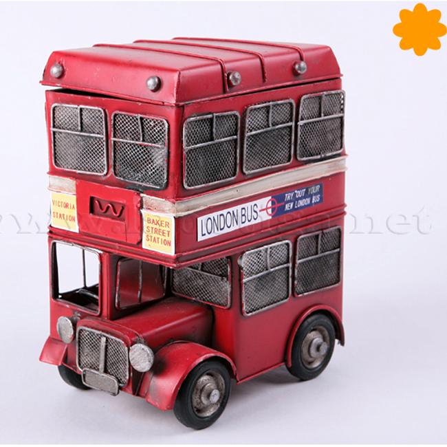 Figura de metal Autobús de Londres que es una caja