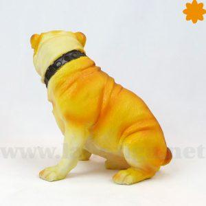 figura de perrito Pug