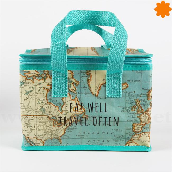 nevera portátil para auténticos viajeros con el mapa mundial