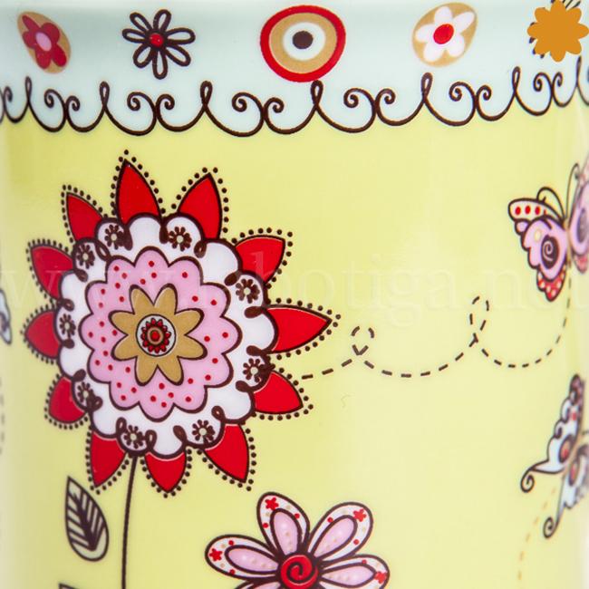 Taza de cerámica de colores
