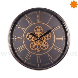 Elegante reloj de colgar en la pared con engranajes en movimiento