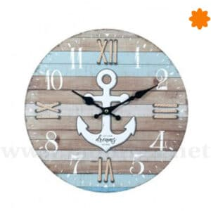 Reloj de pared de listones de madera con ancla