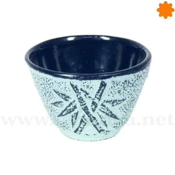 Vaso de hierro fundido azul desgastado